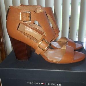 Tommy Hilfiger Block Heel Sandal-9.5